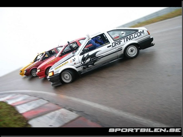 AE86 drifting x4