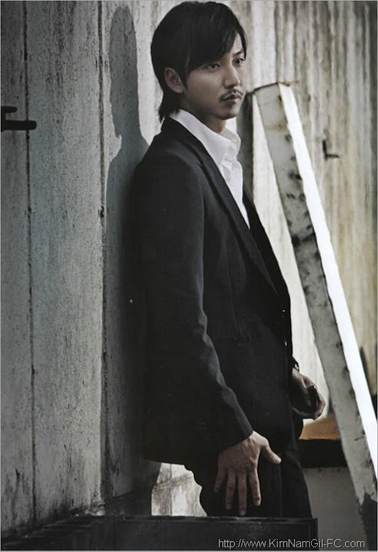 KimNamGil-FC.com_allure magazine2010-August (1)