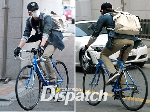 KimNamGil-FCdotcom_ridingBicycle (6)