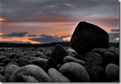 th_colour mono pebbles sunset
