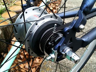 自転車の ブリジストン 自転車 変速機 調整 : ぱっと見はふつうのクロス ...