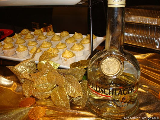 Gold Digger Cupcakes made with Goldschlager