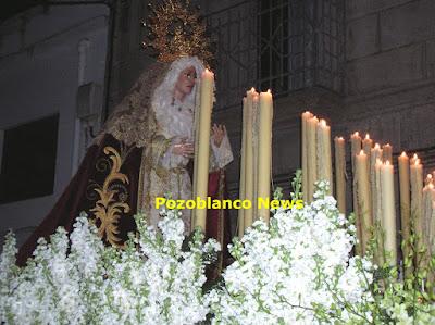 María Santísima de la Salud por las calles de Pozoblanco. Foto: Pozoblanco News (www.pozoblanconews.blogspot.com)