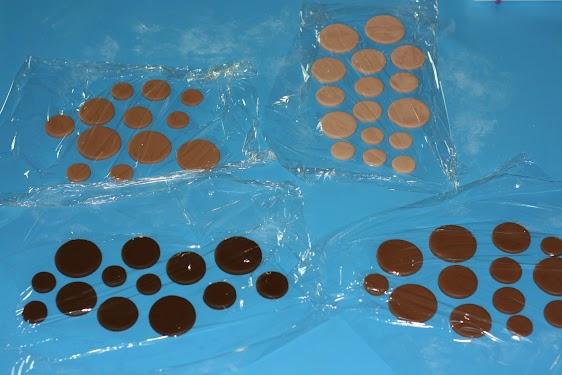 21 Brown circles.jpg