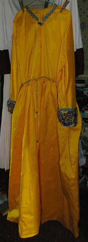 Costume Ottonien de Corwina SG1L0086