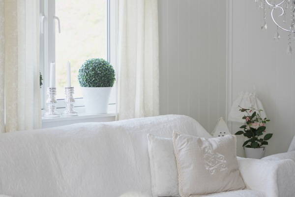 Nye gardiner oppe på vinduene3