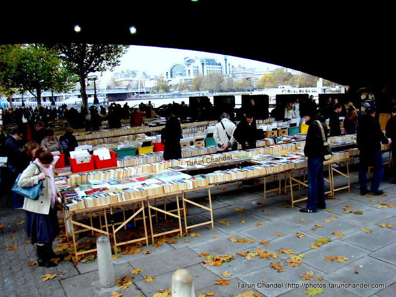 Book lovers fiesta on a cold early morning, Tarun Chandel Photoblog