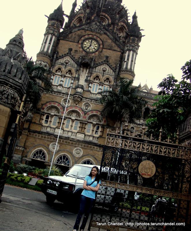 Girl With Mumbai Dreams, Tarun Chandel Photoblog