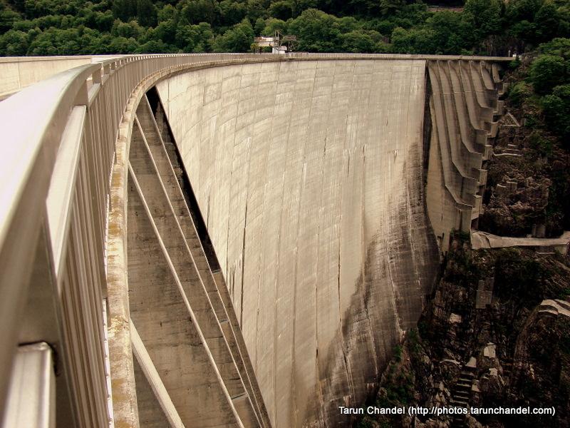 Verzasca Dam Bunjee Jump Golden EyeLocarno Switzerland, Tarun Chandel Photoblog
