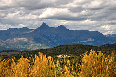 Pilot and Index Peaks, Wyoming roadside view