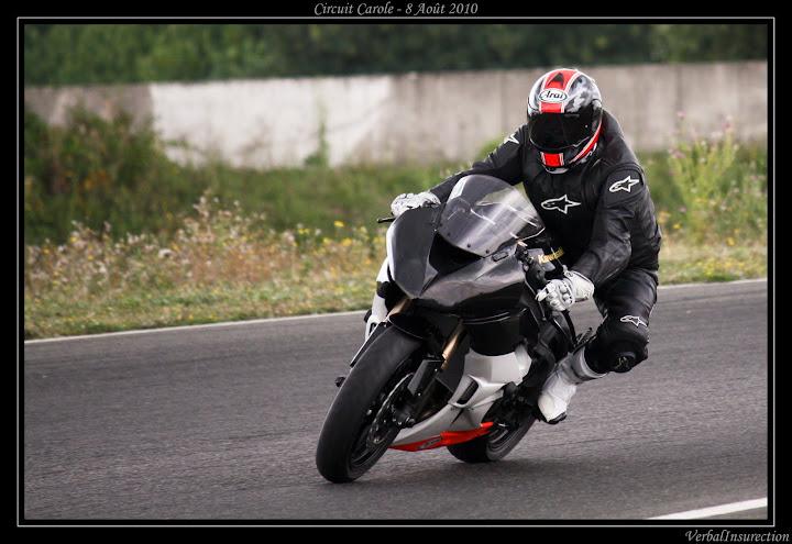 session piste carole forum moto run 100 motards m canique equipement gp photos. Black Bedroom Furniture Sets. Home Design Ideas