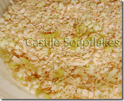 DSC05839-castile soapflakes-peach n avocado copy