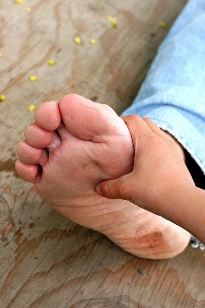 little hand big foot