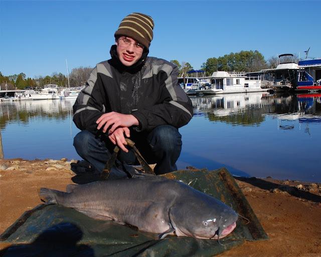 50lb%20catfish%20schoborg.JPG