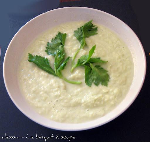 Zuppa di sedano e gorgonzola
