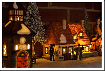 Dept_56_Cratchit_Cottage