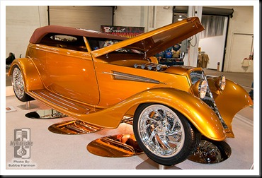Tammy_Ray_1933_Ford_Phaeton_Gold_Digger