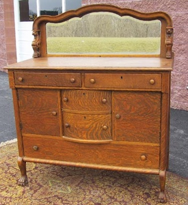griffin%20head%20sideboard%203