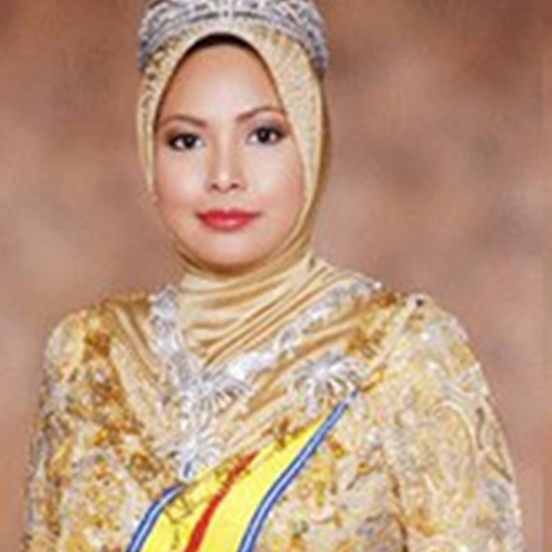 Siapakah Wanita Pertama Malaysia ?