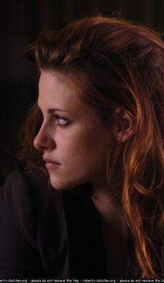 Bella (Kristen Stewart) Normal_010