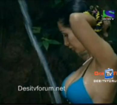 negar khan sexy boobs photo
