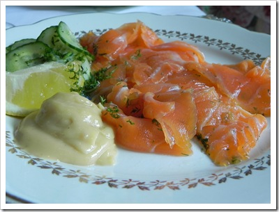 Gravadlax with dill cucumbers