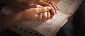 praying-couple[1]