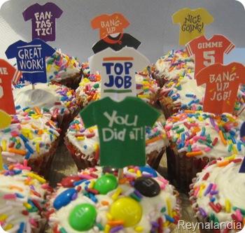 DIY cupcake topers