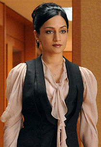 Kalinda Sharma: Look 6