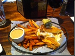 Lazy Dog Grilled Cheese - Cajun Fries 032711