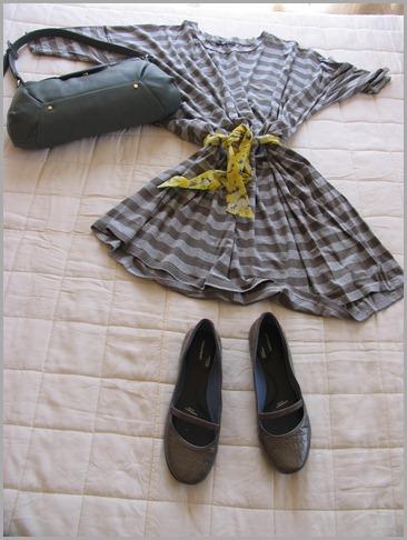 outfitsanon striped tunic 018