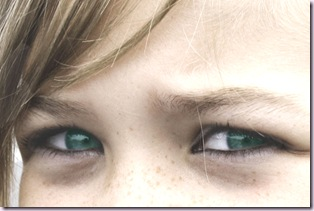 krista_eyes_green