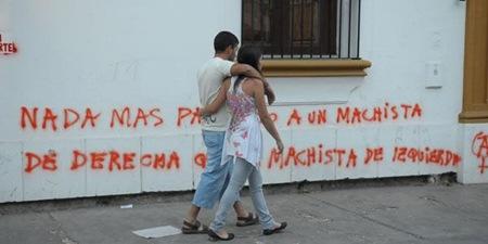 Pintadas en la Iglesia - Tucumán