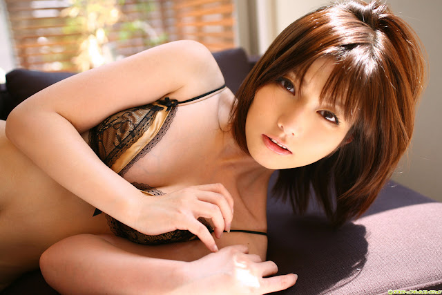 Yuka Kyomoto hot asian girl gallery