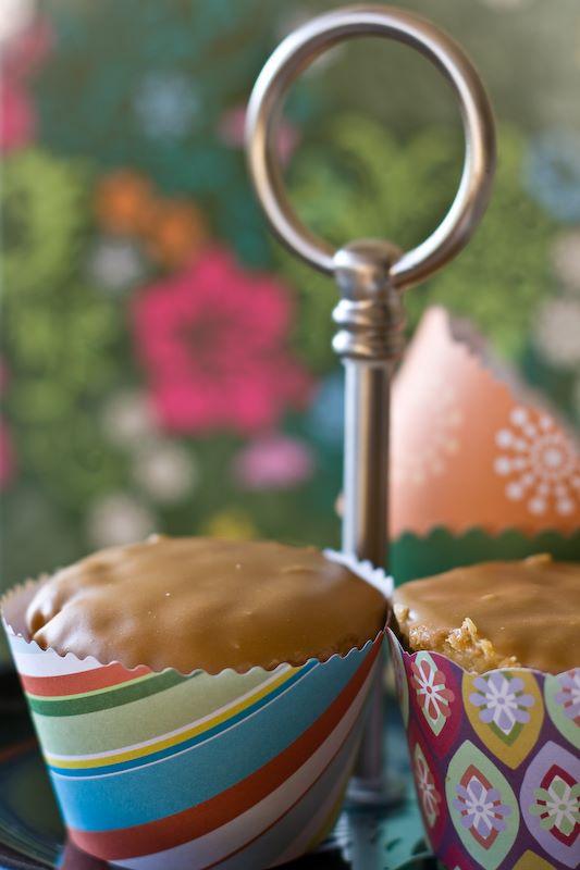 """Vestidos"" para cupcakes"