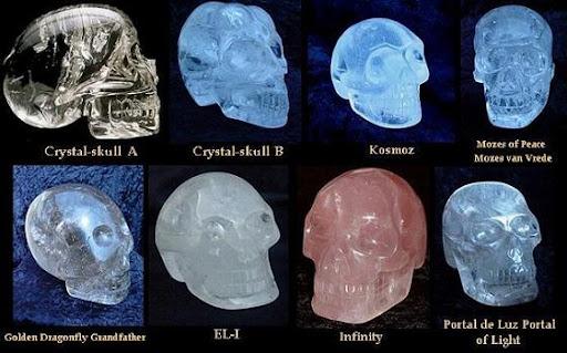 Teoría de la evolución o la religión? - Página 2 The-crystal-skulls-reduced%5B3%5D