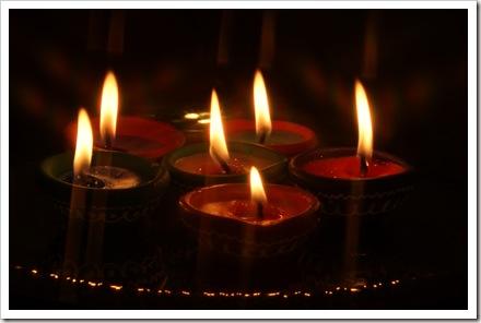 Diyas_Diwali_2009_HemantSwati