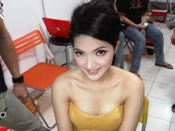 """Ashanty, Pasangan Duet Anang Hermansyah Yang Baru .+ Foto Hot, seksi terbaru 2011  """"Pacar Anang"""" pengganti Syahrini?"""