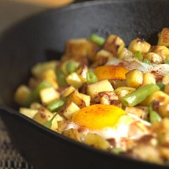 Crispy Potatoes with Green Beans and Eggs