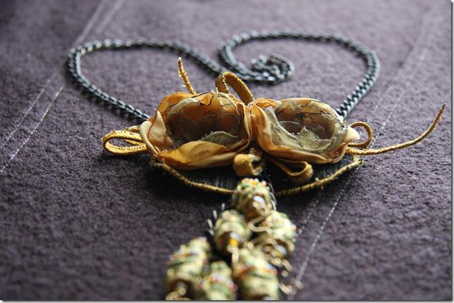 collana fiori organza