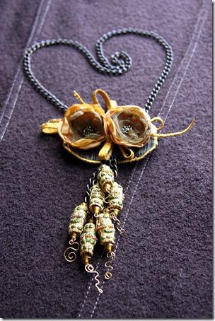 collana fiori organza-1