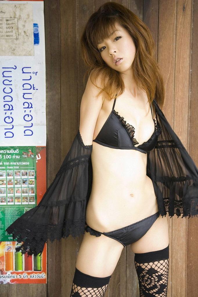 hoshino aki ほしのあき.jpg