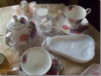 Matching teapot gift tea 014