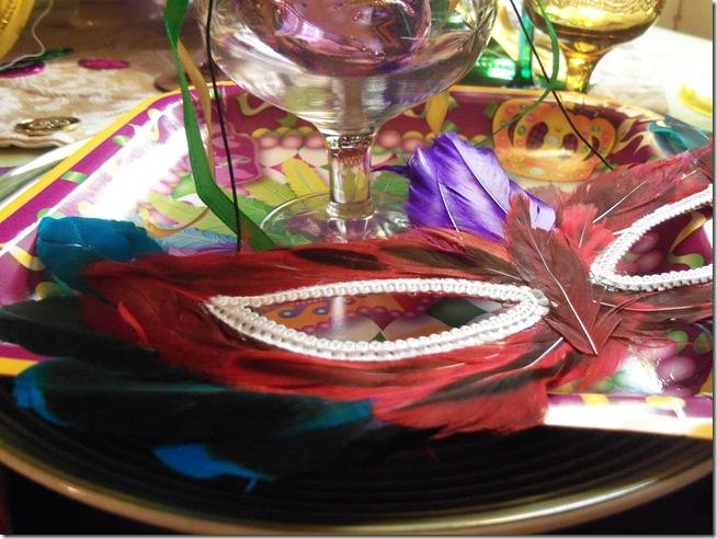 Mardi Gras tablescape 026