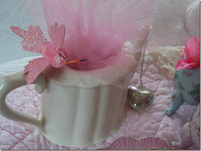 soft and pretty pink tea 004