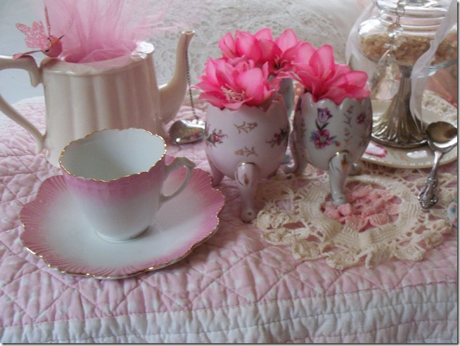 soft and pretty pink tea 006