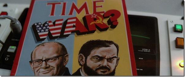 """Кубрик на обложке журнала """"Тайм"""", посвященного конфликту между США и СССР (кадр из фильма """"2010: год вступления в контакт"""")"""