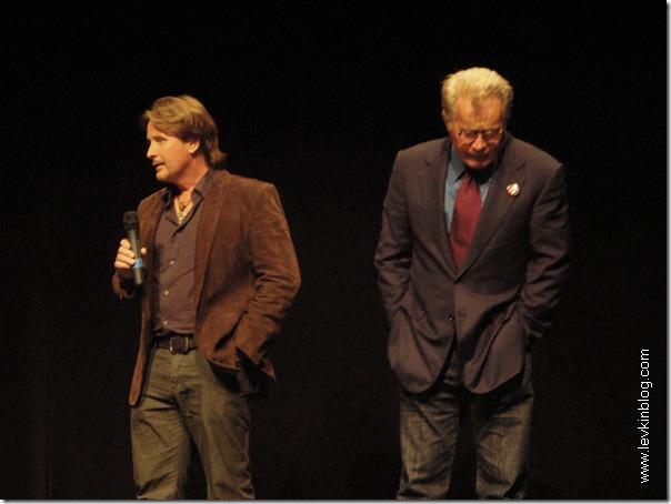 """Сын (Эмилио Эстевез) и отец (Мартин Шин) представляют новый фильм """"Путь (The Way)"""""""