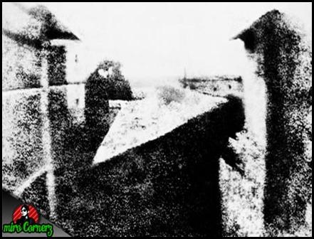 photograph pertama