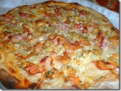 Pepe's White Clam Pie